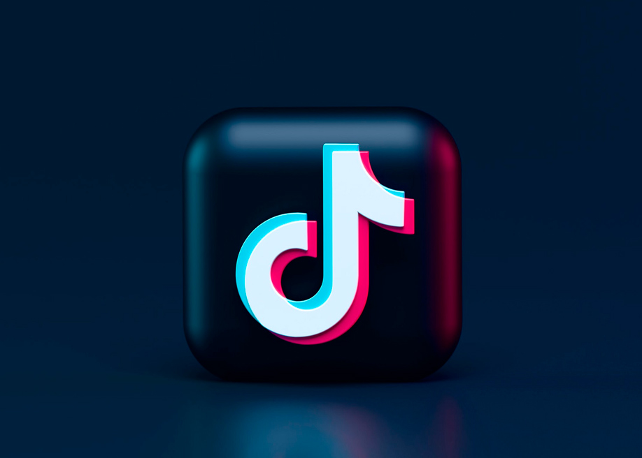 What makes the UX of Tiktok's feed so successful