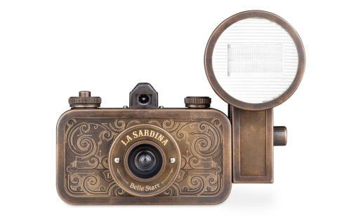 La Sardina Camera & Flash - Belle Starr